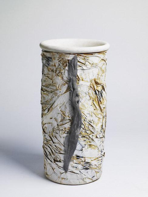 Vaso, 2008, terracotta e polimaterico