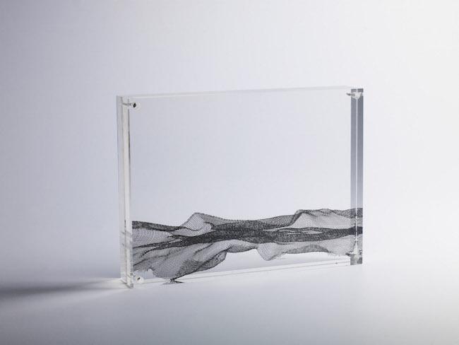 Nuova nascita, 2008, rete metallica e plexiglass