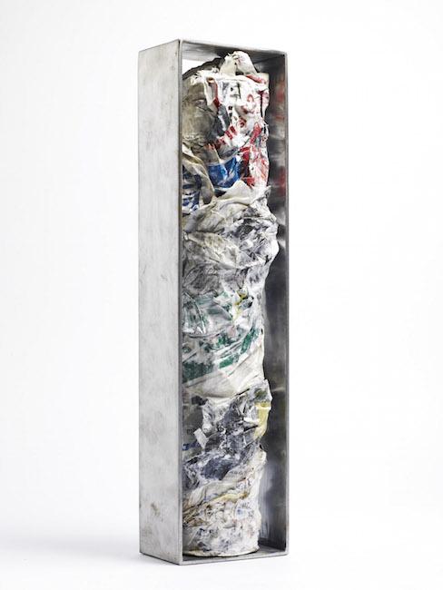 Nuova nascita, 2008, acciaio e polimaterico, 59,5 x 14 x 9 cm