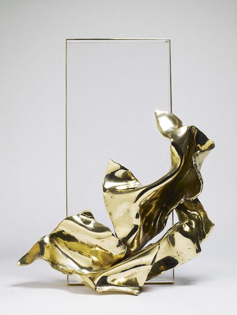 Nuova nascita, 2000, bronzo e plexiglass, 50 x 40 x 15 cm