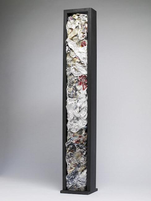 Nuova nascita, 2009, ferro e polimaterico, 75 x 12 x 12 cm